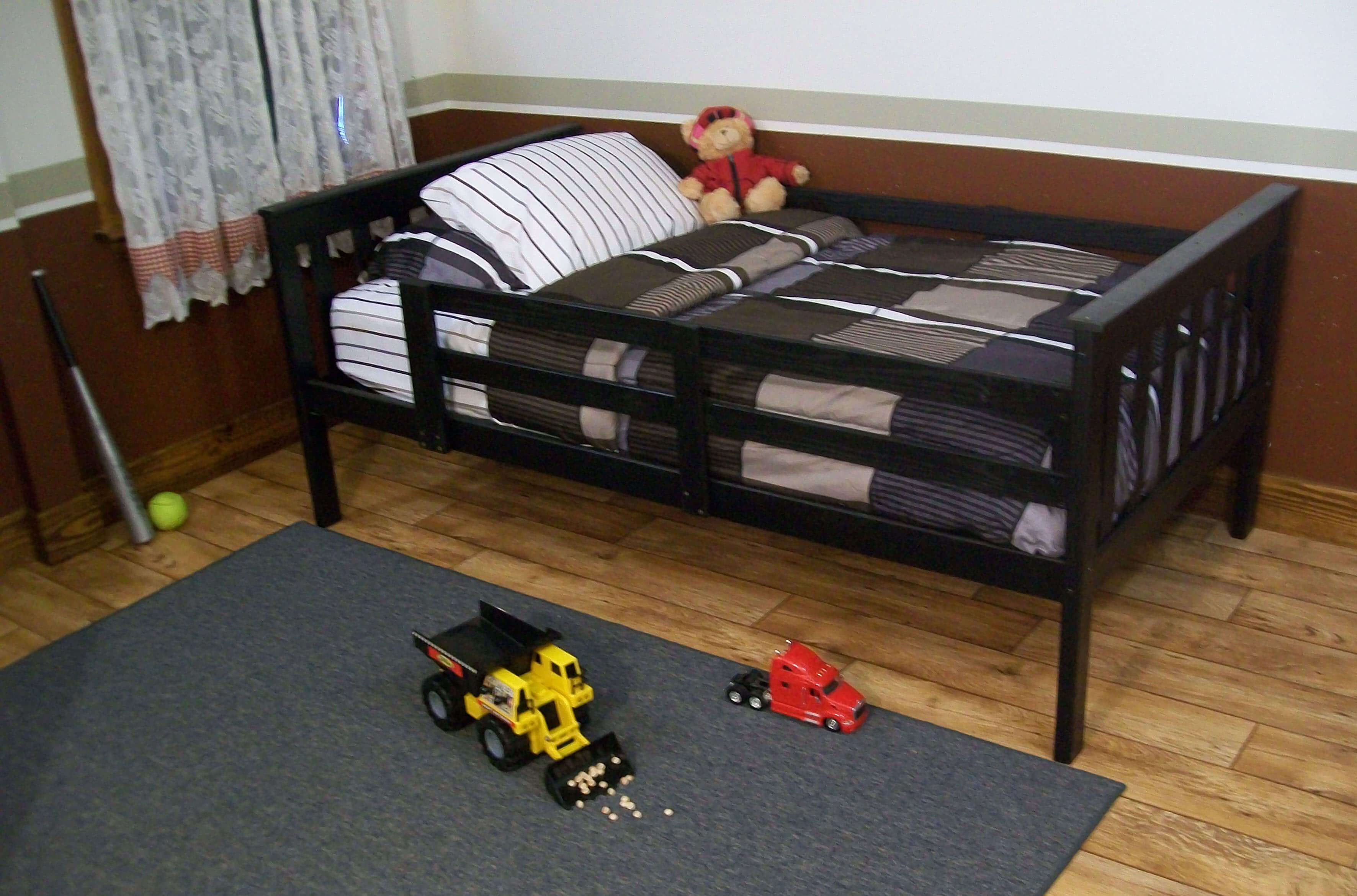 platform bed with guard rail versa style twin or full size. Black Bedroom Furniture Sets. Home Design Ideas